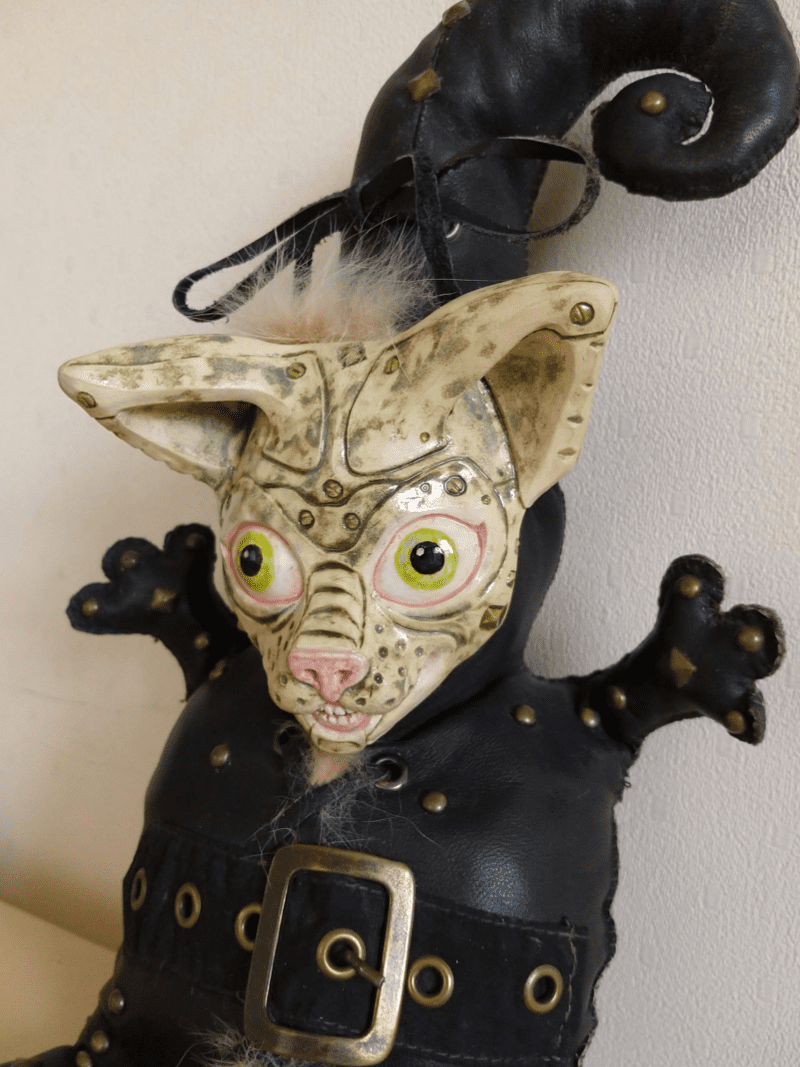 Antonio the cat doll by ursula aavasalu tigukass