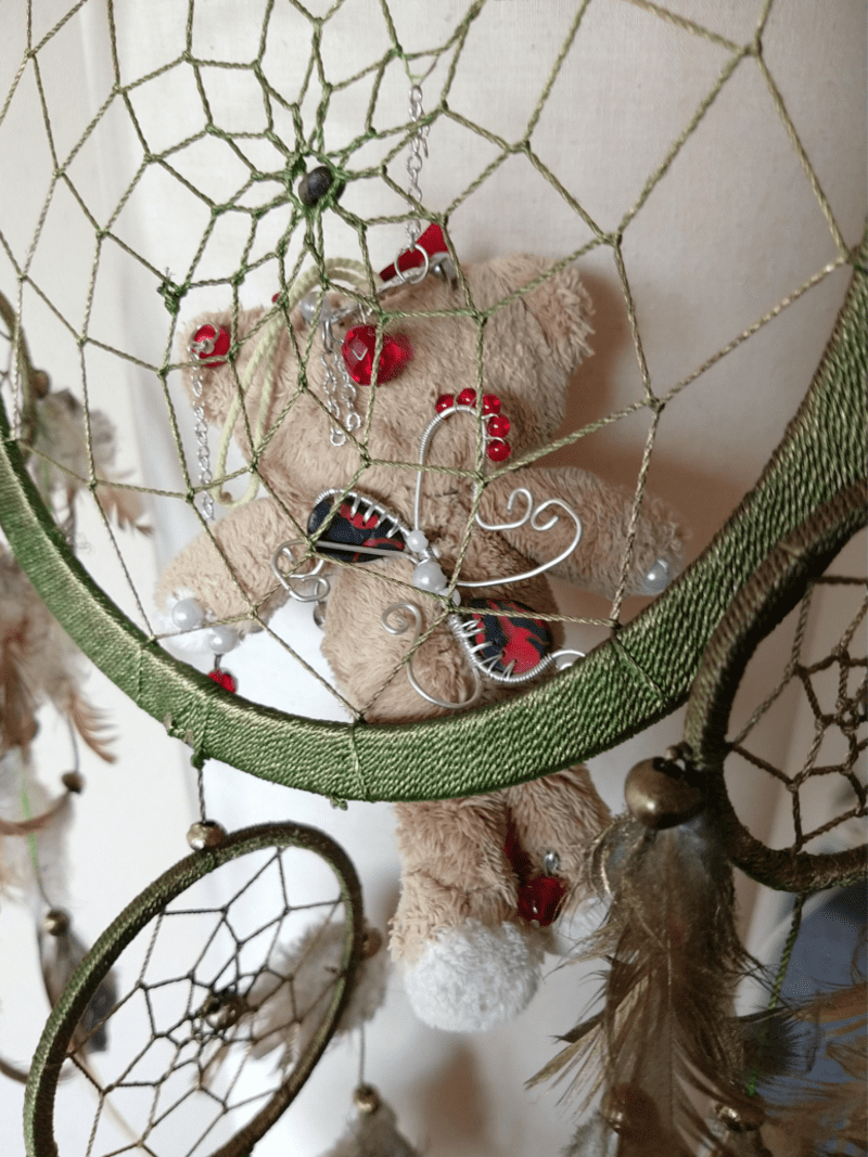 Eddie the bear doll by ursula aavasalu tigukass