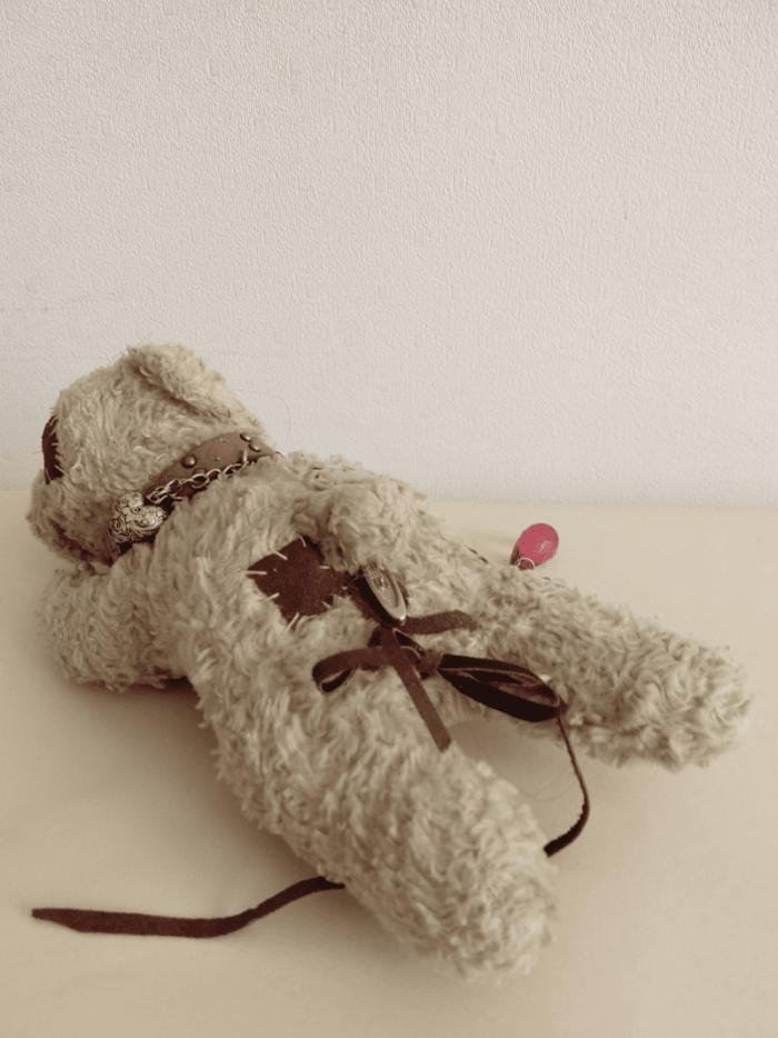 Elmar the bear doll by ursula aavasalu tigukass