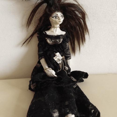 Esmeralda doll by ursula aavasalu tigukass