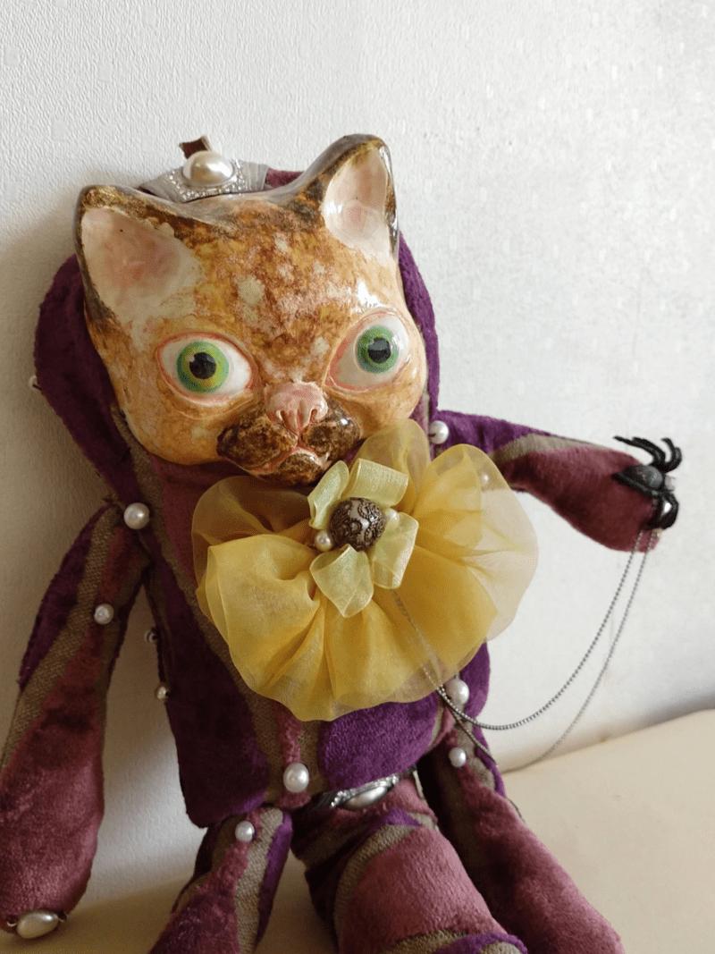 Zoltan the cat doll 01 by ursula aavasalu tigukass