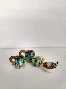 miniature dishes for dolls - workshop in tigukass