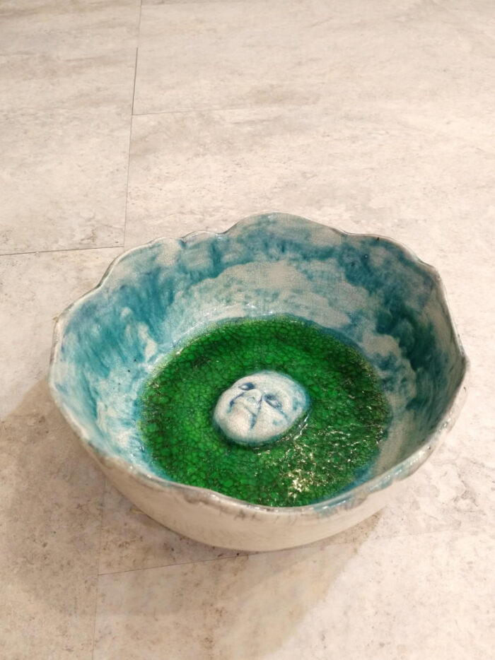 bowl with a face by ursula aavasalu tigukass