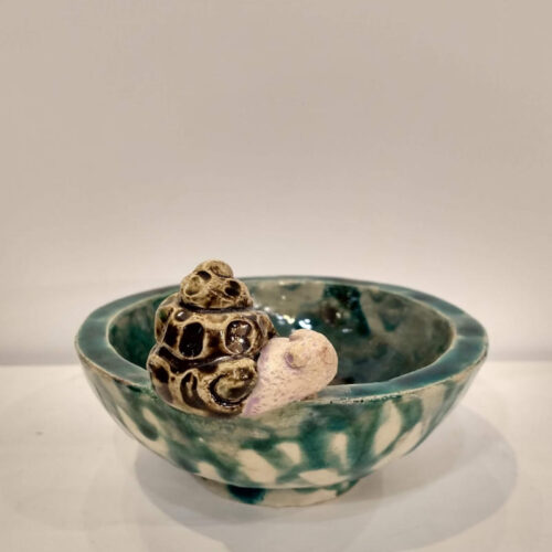 bowl with a snail by ursula aavasalu tigukass
