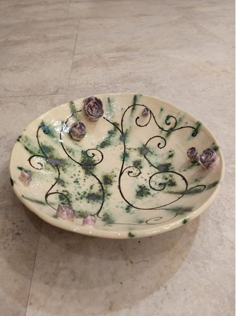 plate with purple roses by ursula aavasalu tigukass