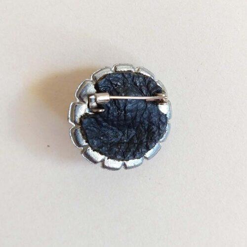 tiny clown brooch 2 by ursula aavasalu tigukass